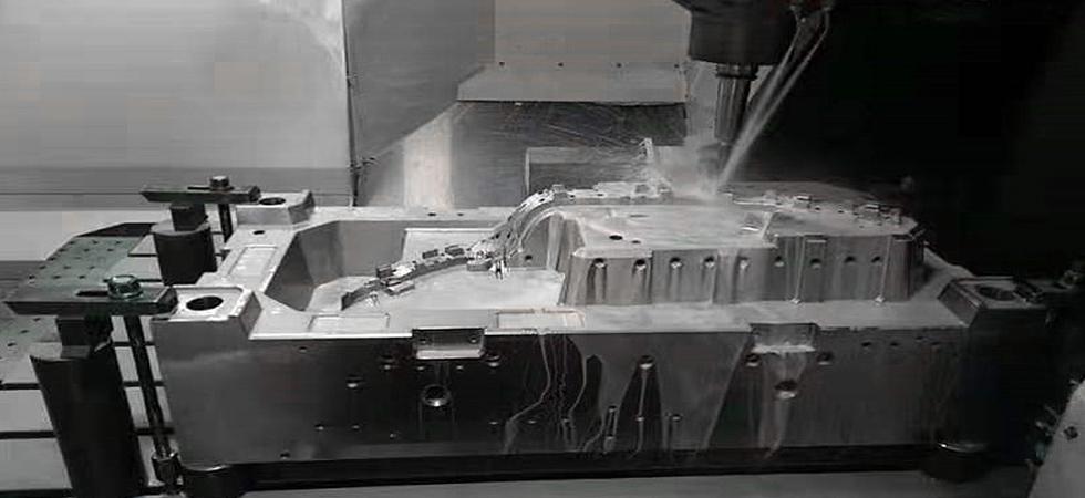 Large Mold Manufacturer